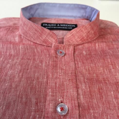 Camisa de lino tela contraste cuello celeste