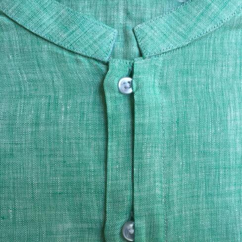 Camisa de lino plaqueta oculta